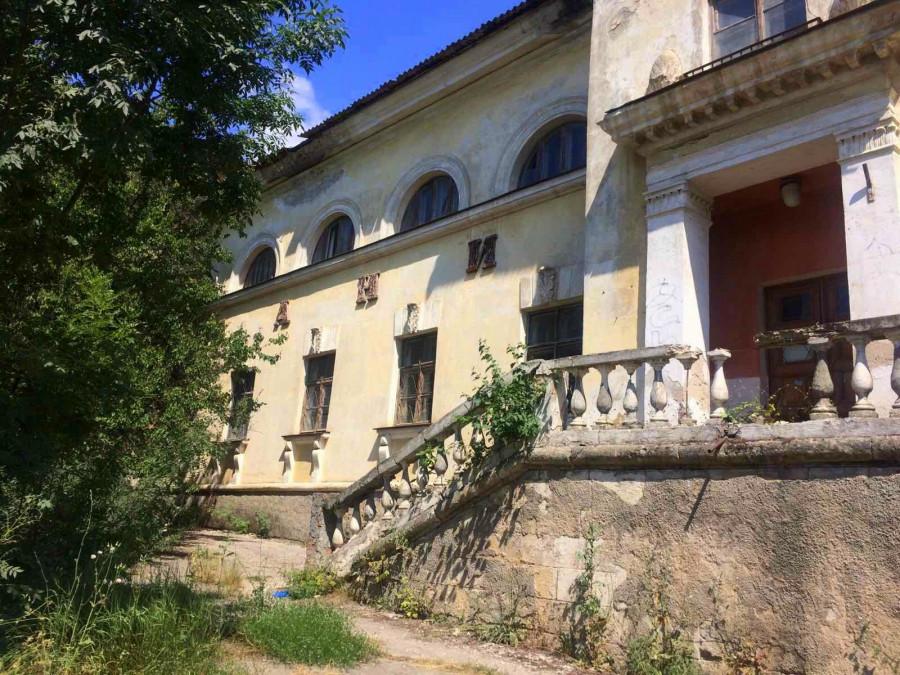 ForPost - Новости : «Я там ребенка родила», — севастопольцы требуют вернуть баню
