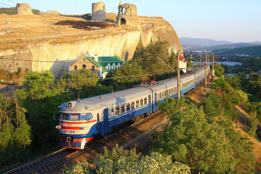 ForPost - Новости : В Крыму начали проектировать железную дорогу вокруг севастопольского монастыря