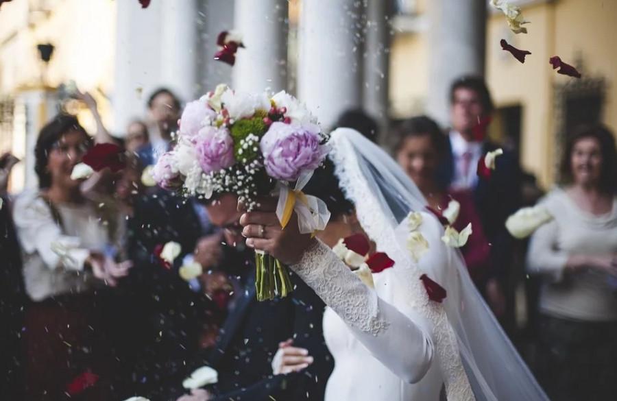 ForPost - Новости : Россияне едут в Севастополь жениться