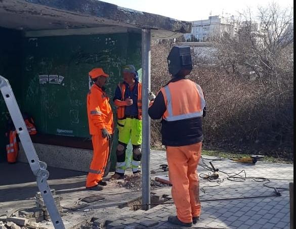 ForPost - Новости : Севастопольскую «остановку в Омеге» укрепят колоннами