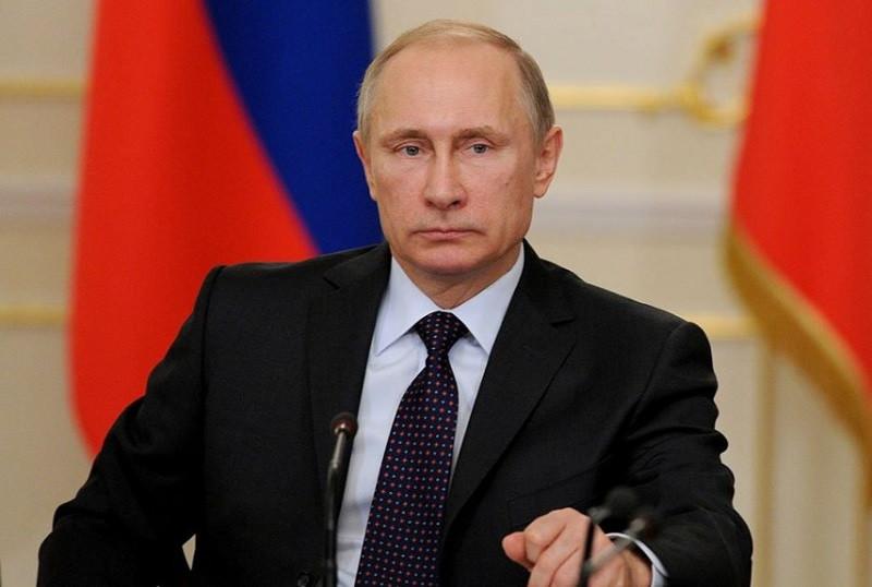 ForPost - Новости : Путин официально объявил о переносе парада Победы