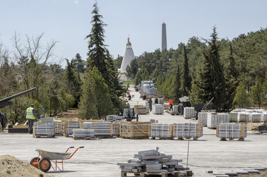 ForPost - Новости : Кто продолжит реконструкцию Сапун-горы в Севастополе