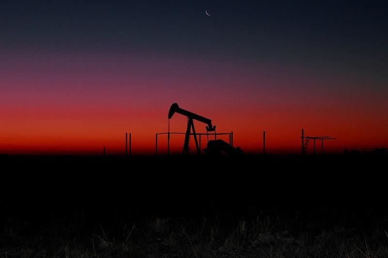 ForPost - Новости : Америка проигрывает в нефтяной войне