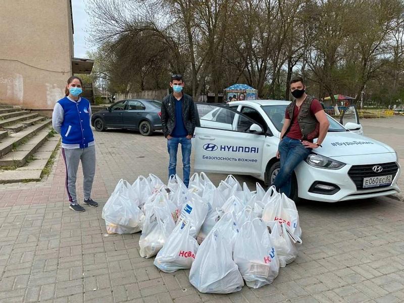 ForPost - Новости : Волонтёров в Крыму вызывают «за коньячком»