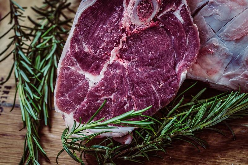 ForPost - Новости : Мясо стало пищей богачей в США