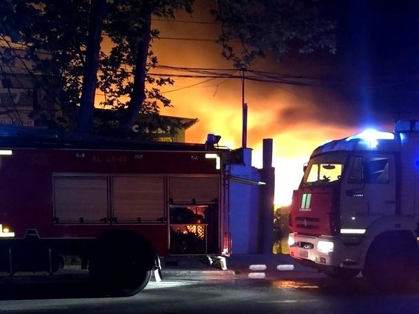 ForPost - Новости : Ночью в Севастополе случился пожар на улице Шабалина