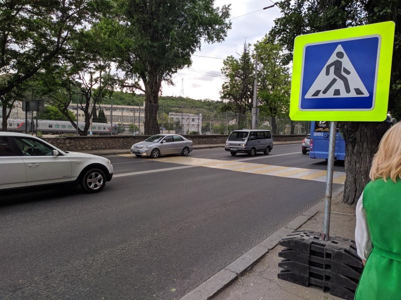 ForPost - Новости : Восстановленный переход у автовокзала возмутил и порадовал севастопольцев