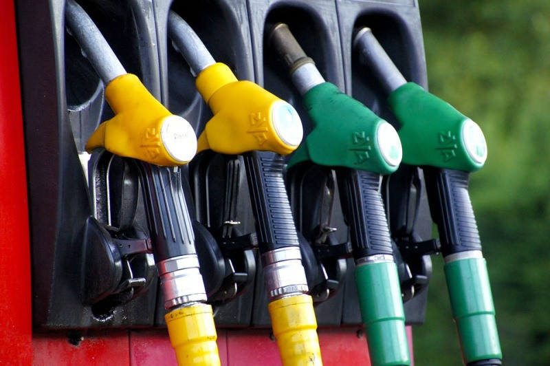 ForPost - Новости : В преддверии сезона в Крыму подорожал бензин
