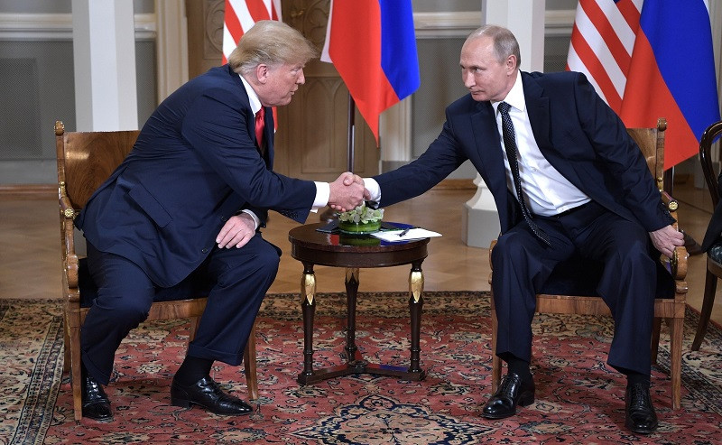 ForPost - Новости : Почему Трампу нужна помощь Путина