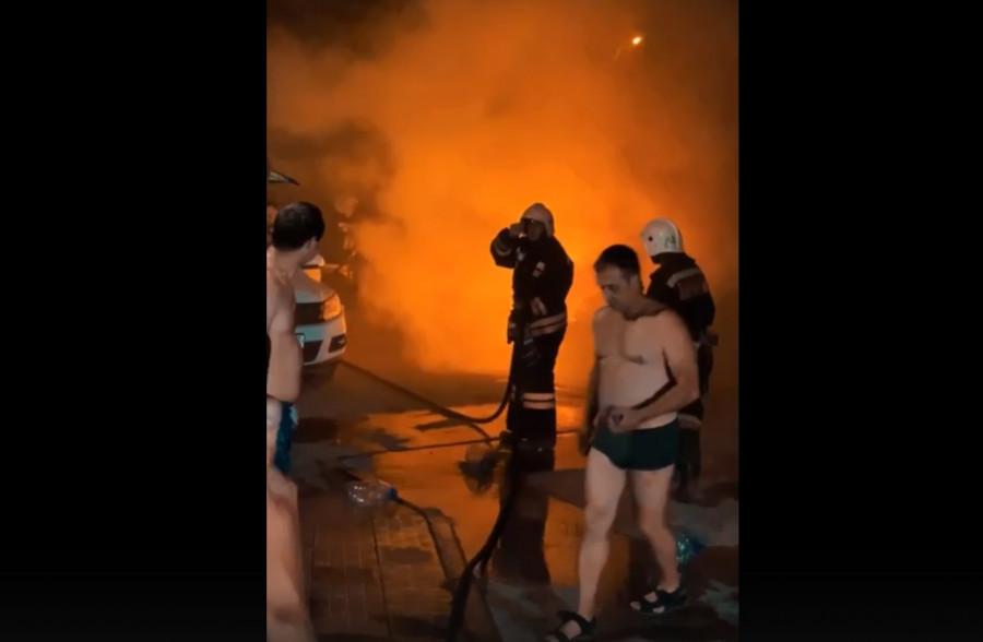 ForPost - Новости : В Севастополе ночью подожгли автомобили