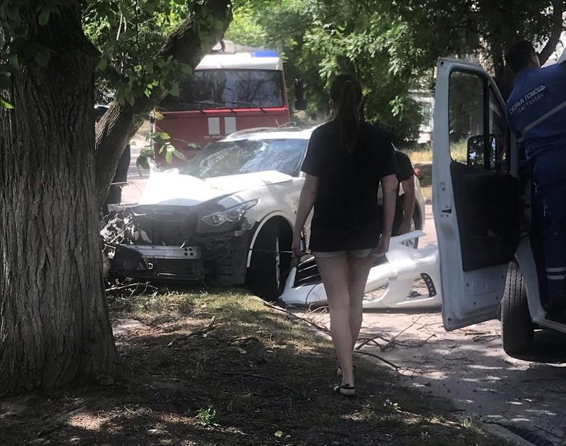 ДТП в Севастополе: машина и лицо разбиты, но котёнок спасен