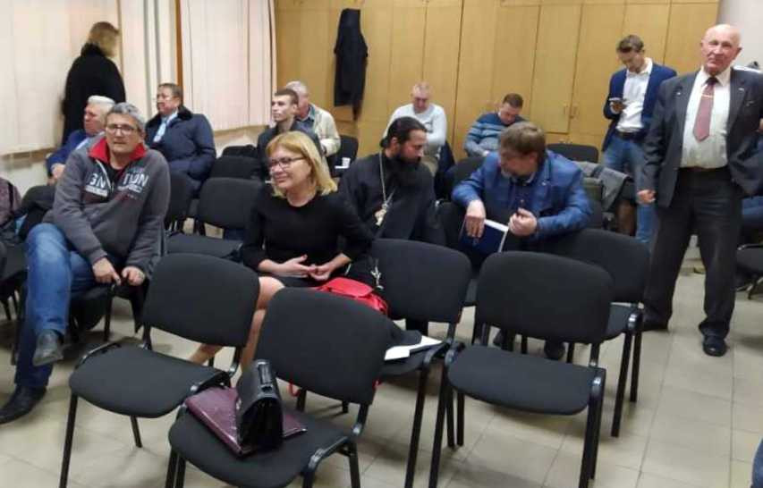 ForPost - Новости : Общественная палата Севастополя не может собраться даже в суде