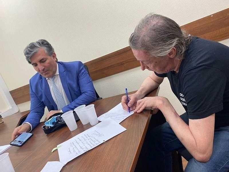 ForPost - Новости : Адвокат Ефремова заявил о доказательствах невиновности актёра