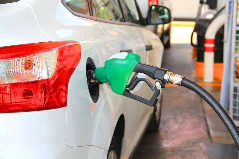 ForPost - Новости : В Крыму рост цен на бензин объяснили обычным жлобством
