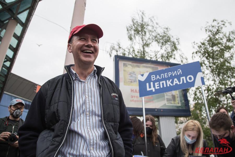 ForPost - Новости : Бывший претендент на пост президента Белоруссии покинул страну