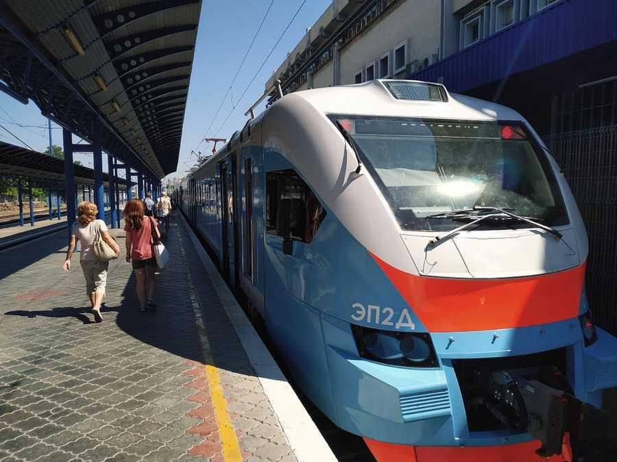 ForPost - Новости : Железная дорога может стать частью общественного транспорта Севастополя