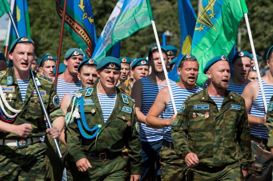 ForPost - Новости : Воздушно-десантные войска отмечают 90 лет со дня своего образования
