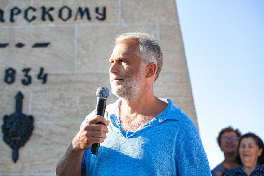 ForPost - Новости : Чалый назвал условие для своего участия во второй очереди реконструкции Матросского