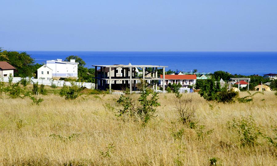 ForPost - Новости : Годная лаванда: побережье Севастополя застраивают «новым шанхаем»
