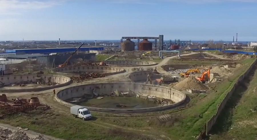 ForPost - Новости : На КОС «Южные» в Севастополе появилась строительная техника