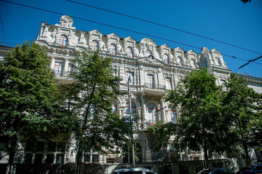 ForPost - Новости : Из-за разрыва важного контракта в центре Севастополя возник долгострой
