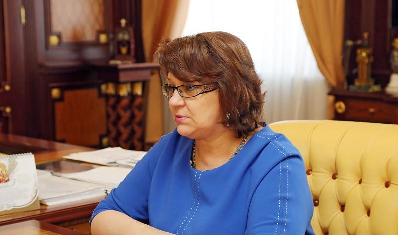 ForPost - Новости : Вице-премьера Крыма с коронавирусом ввели в кому и госпитализировали в Москву
