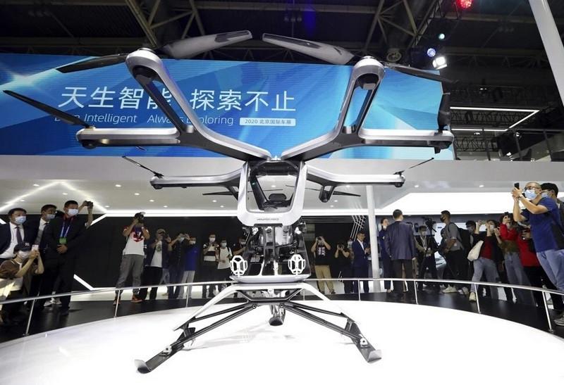 ForPost - Новости : В Китае презентовали летающий автомобиль