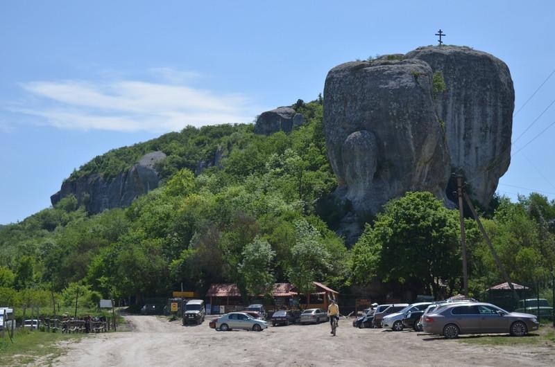 ForPost - Новости : Популярный крымский пещерный город недоступен для туристов