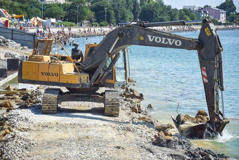 ForPost - Новости : Более 100 миллионов прошли мимо реконструкции набережной в Крыму