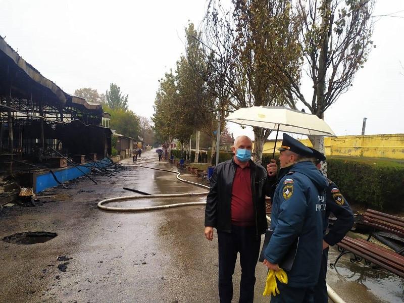 ForPost - Новости : Передел или зачистка набережной: кому выгоден пожар в Феодосии