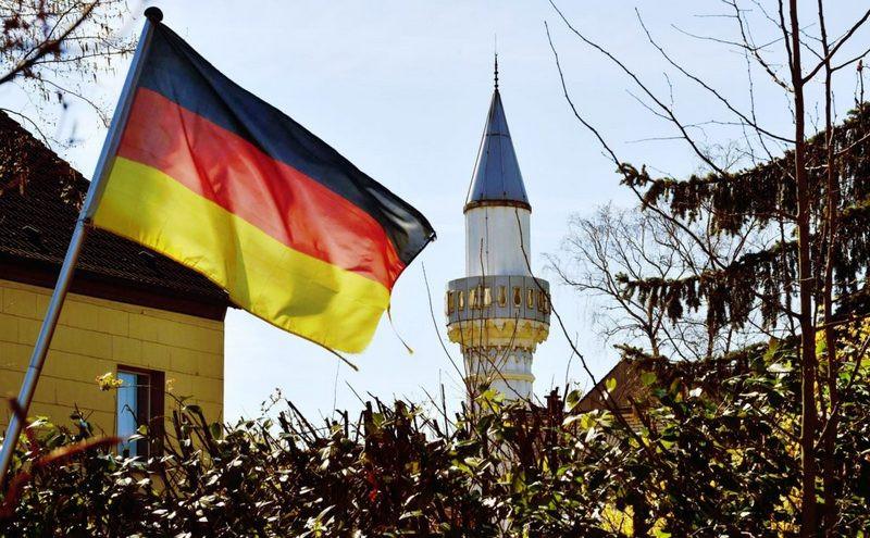 ForPost - Новости : Кому нужен «немецкий ислам»