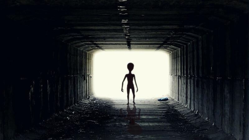 ForPost - Новости : В Израиле заявили, что инопланетяне уже живут среди нас
