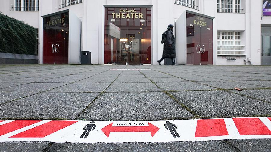 ForPost - Новости : Меркель объявила о введении в Германии жесткого карантина с 16 декабря