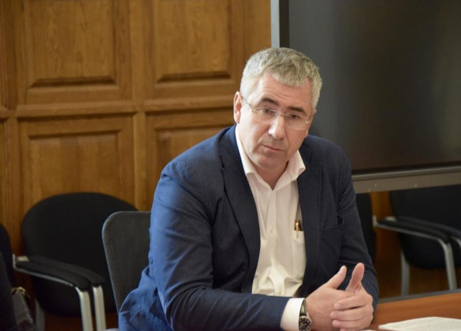 ForPost - Новости : Бизнес-омбудсмен Севастополя подал в отставку