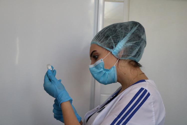 ForPost - Новости : В Севастополе начали прививать от коронавируса
