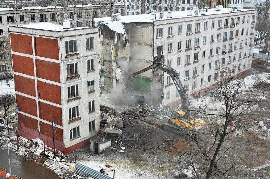 ForPost - Новости : Регионам РФ могут разрешить сносить неаварийные панельные дома и дома с изношенной крышей