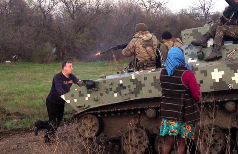 В Киеве начали зачищать архивы от приказов по Донбассу