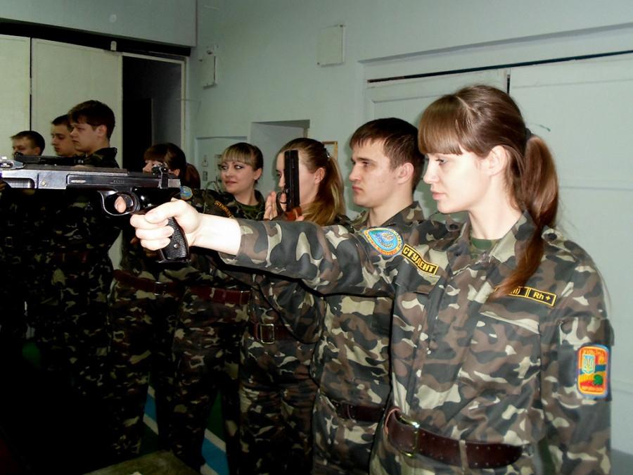 Зеленский заявил о мобилизации всех украинцев в случае войны с Россией