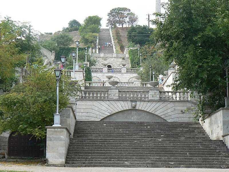 ForPost - Новости : Реставрация Митридатской лестницы в Крыму завершена