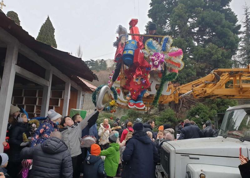 ForPost - Новости : Жителей и гостей Крыма удивит гигантская секвойя