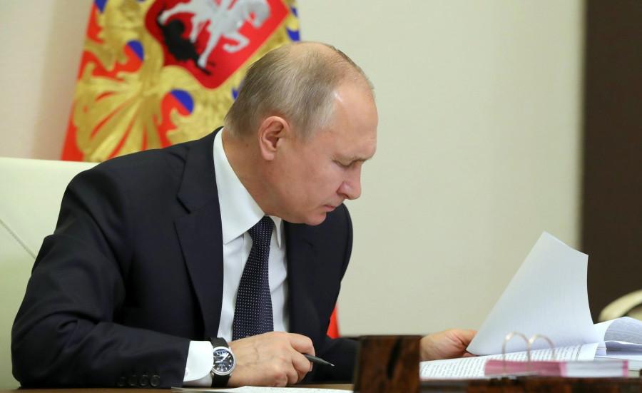 ForPost - Новости : Путин утвердил защиту Севастополя от подрядчиков-прохиндеев