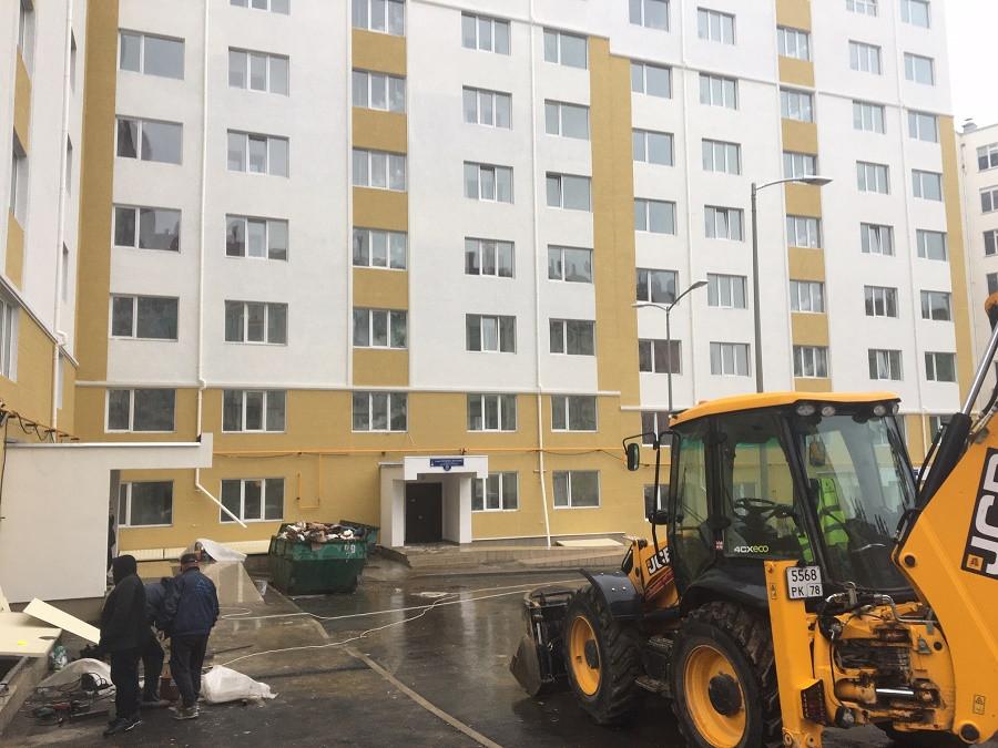 ForPost - Новости : Строительные работы в доме для реабилитированных в Севастополе продолжаются