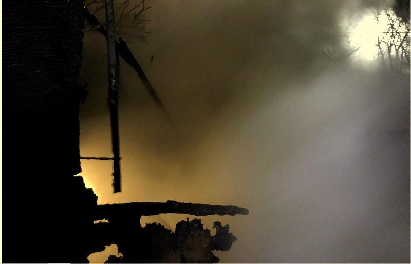 ForPost - Новости : В Севастополе из горящего дома спасли женщину и ребенка