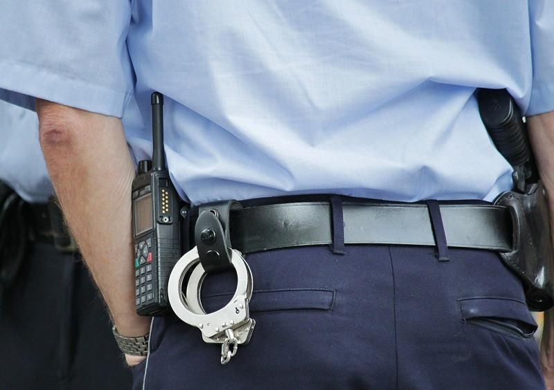 ForPost - Новости : В Крыму арестовали полицейского, завладевшего квартирой ветерана