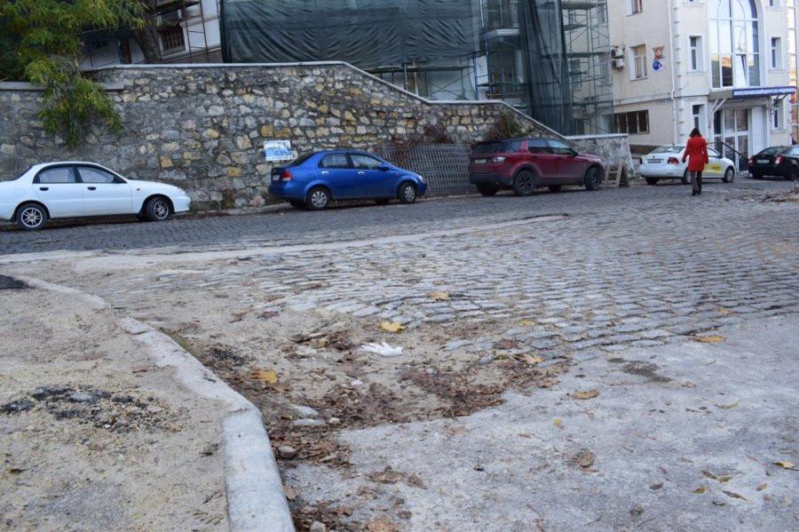 ForPost - Новости : На улице Суворова в Севастополе стартовал масштабный ремонт