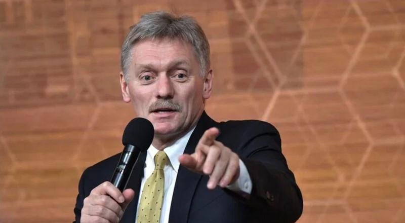 ForPost - Новости : Песков оценил «склад грязи» во «дворце Путина»