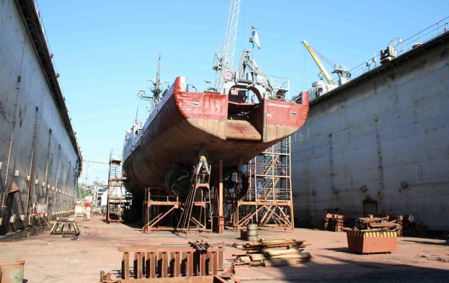 ForPost - Новости : 13-й судоремонтный завод в Севастополе обеспокоен своим будущим