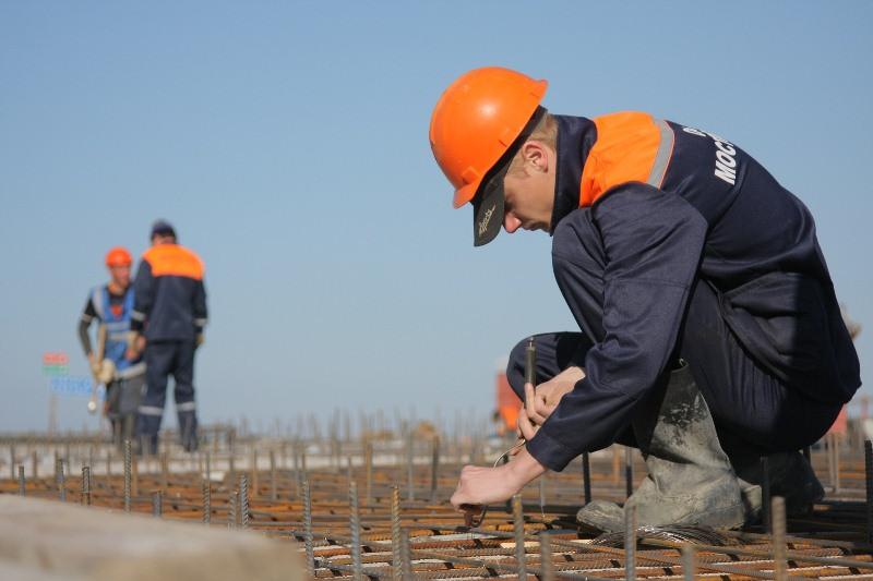 ForPost - Новости : Крымский мост начали разбирать строители (Фото)