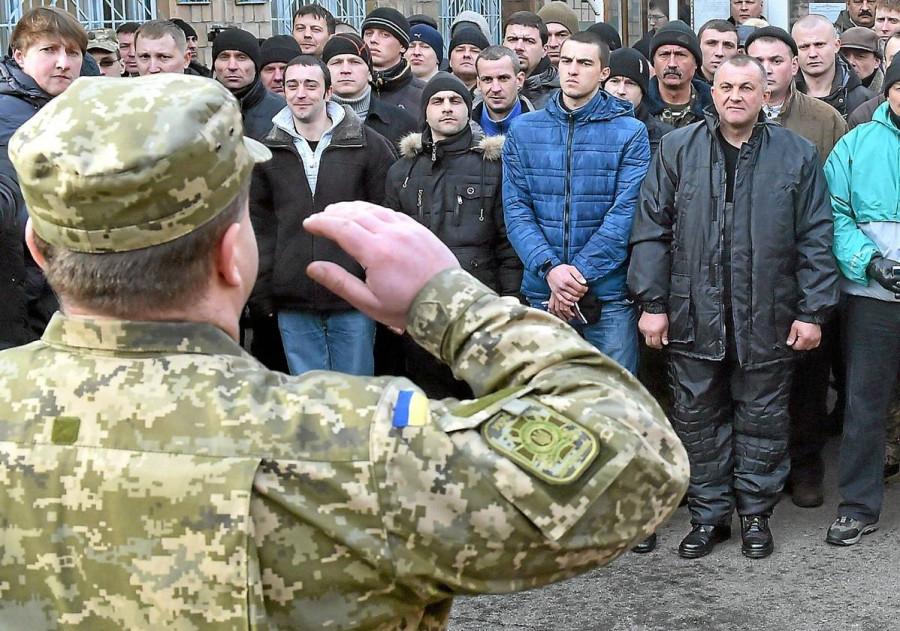 На Украине начались массовые облавы на призывников