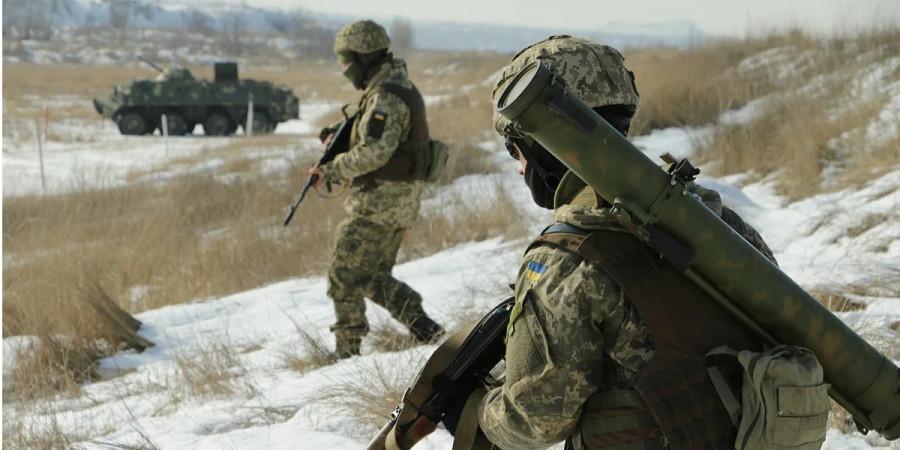 Немецкий политолог оценил вероятность провокаций Киева в Донбассе и Крыму